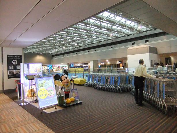 成田空港で③