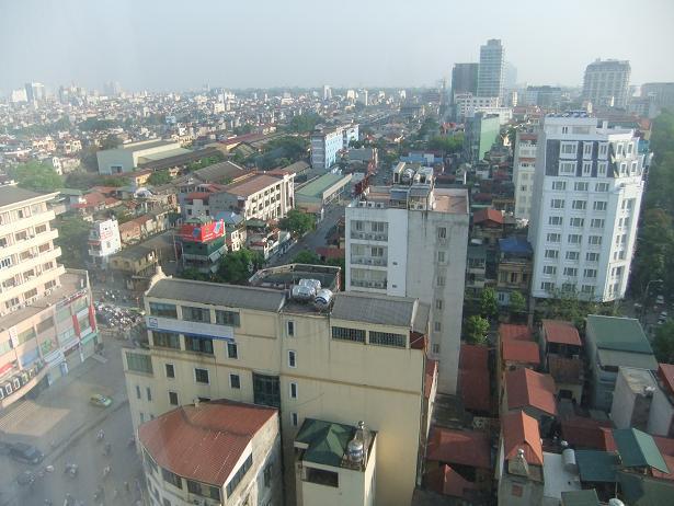 朝、ホテルの窓から①